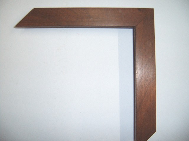 Walnut Frame Plain Profile